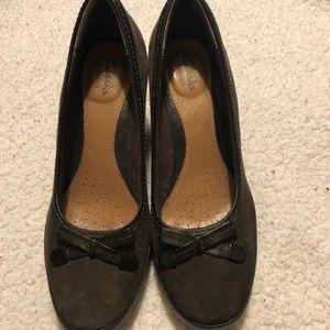 Clark's small heel dress shoes